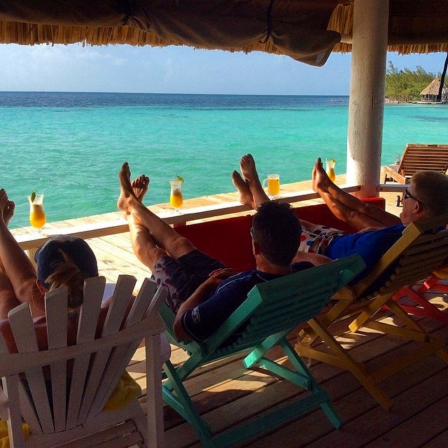 group-vacations-in-belize