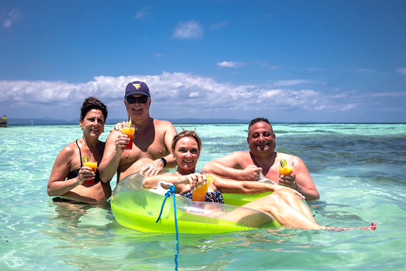 thanksgiving vacations in belize