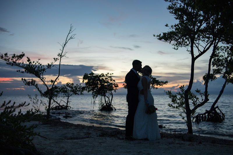 Plan your destination wedding in Belize