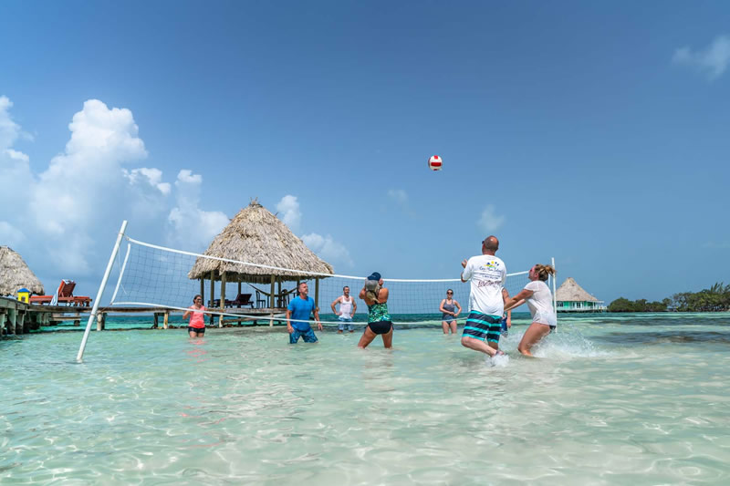vacationing in belize right now