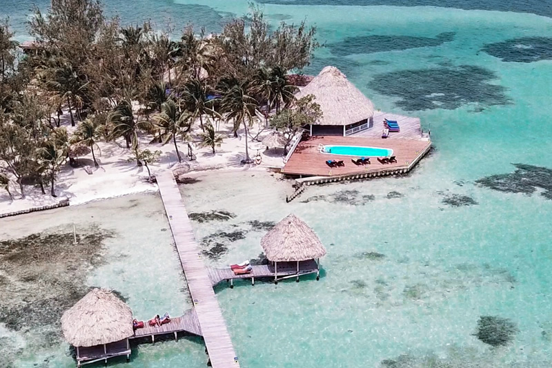 rent-a-private-island-in-belize-featured