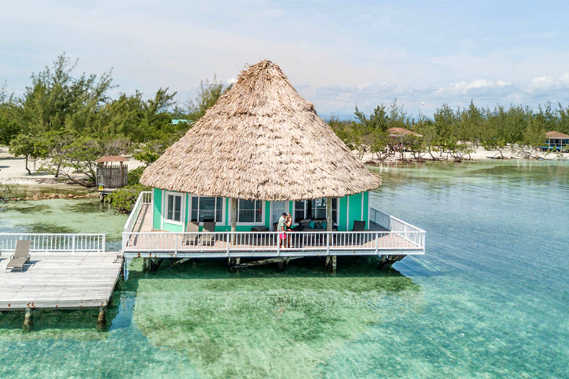 Best-Overwater- Bungalows- in- Belize