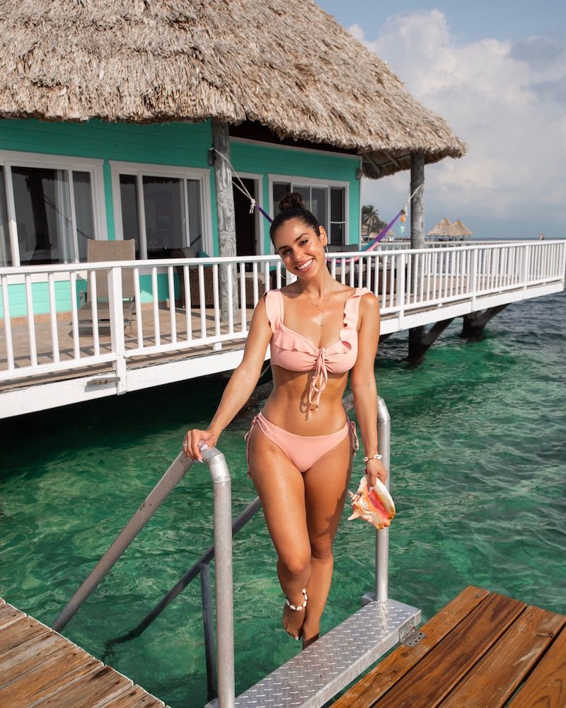 all- inclusive-overwater-bungalows-in-belize