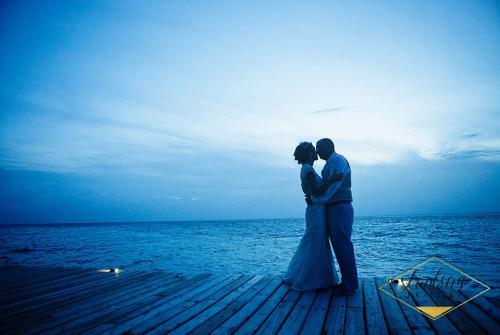 Belize wedding tips - Dusk